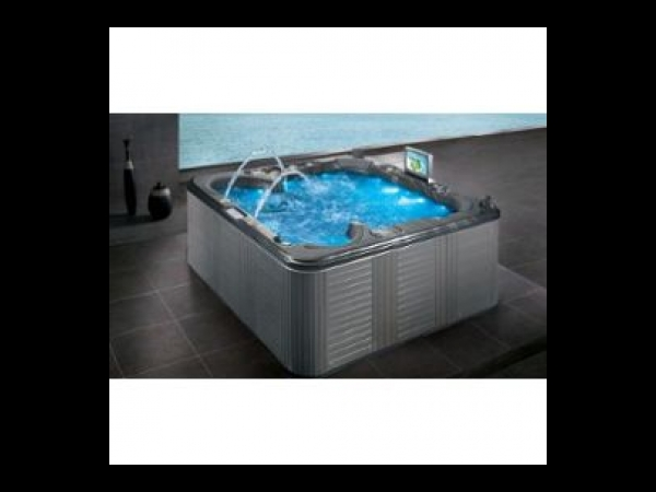 gyaros spa 220x220 pour 6 personnes balboa spa jacuzzi. Black Bedroom Furniture Sets. Home Design Ideas