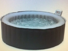 Spa   Gonflable    4 personnes   Neuf